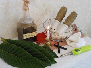 ビワ葉温圧療法の道具